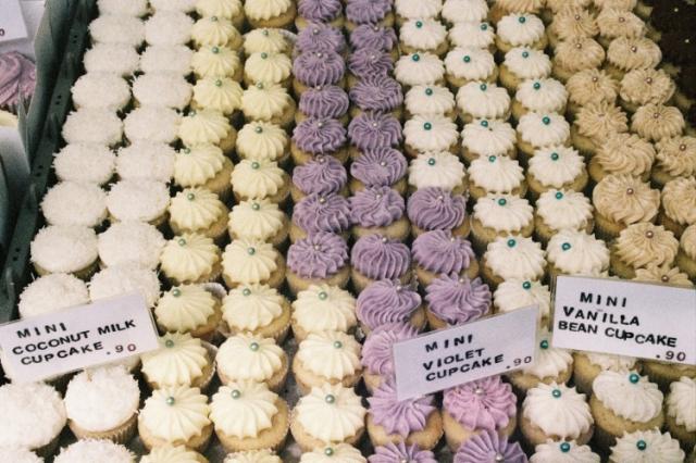 Broadway Market Londres London Violet