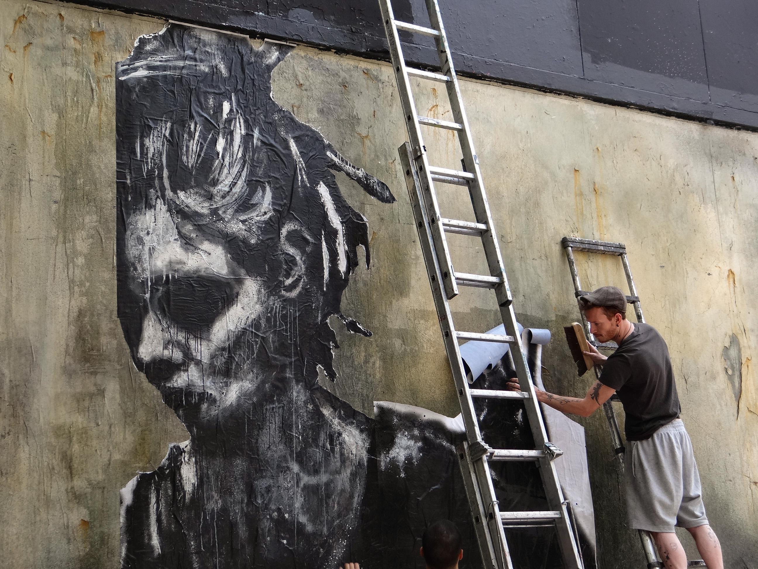 Assez Le Mur Oberkampf by La Rouille – Art & Daily Fix OK56