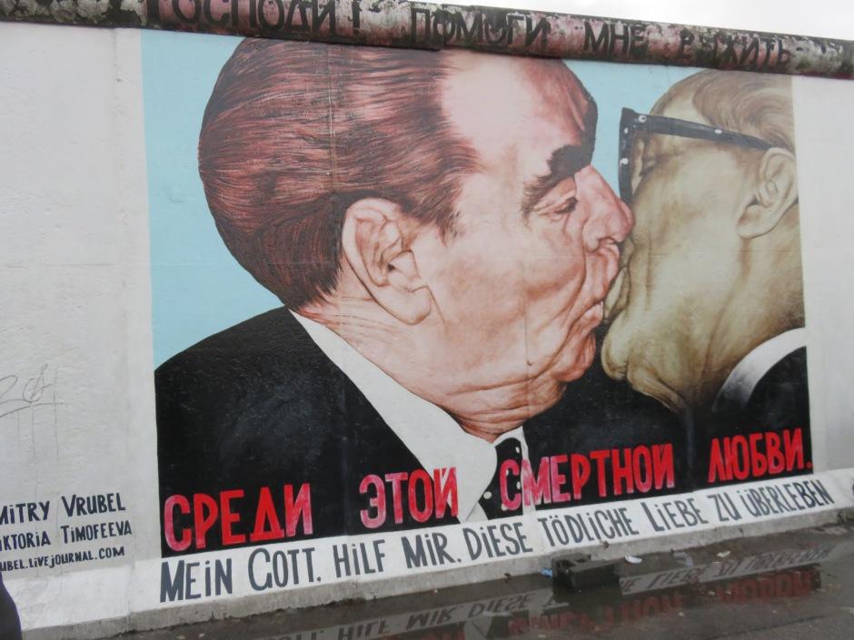 berlin-wall-street-art-1